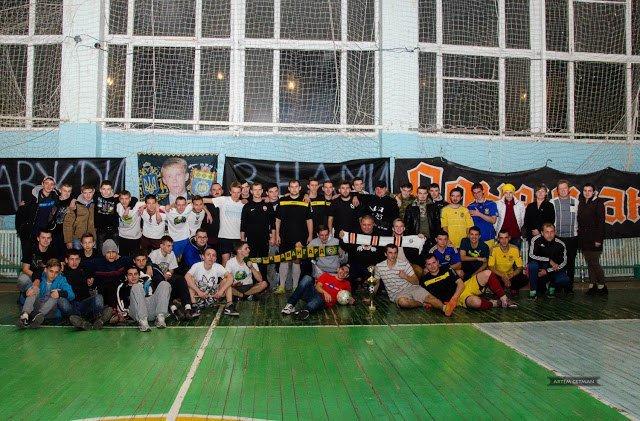 Команда города Доброполье приняла участие в мини-футбольном турнире имени Степана Чубенко (фото) - фото 1