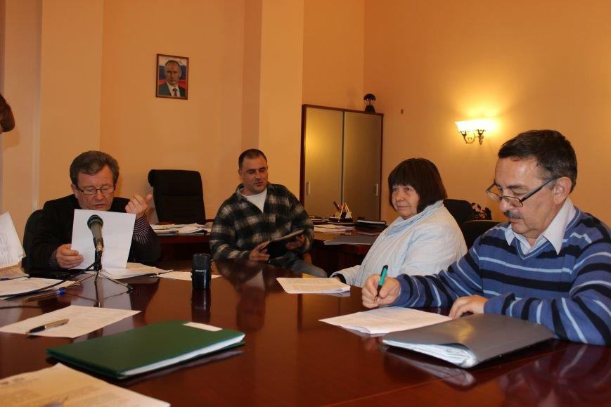 Глава муниципального образования Валерий Косарев взял на контроль все вопросы, с которыми ялтинцы пришли к нему на прием, фото-1
