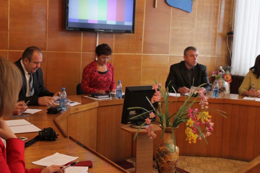 В Добропольском районном совете выбрали новых руководителей, фото-3