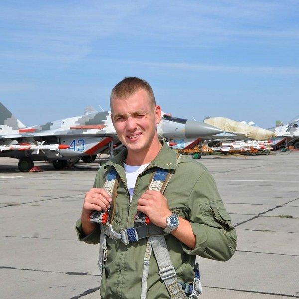 Стало известно имя 23-летнего пилота СУ-25, который разбился под Запорожьем, - ФОТО (фото) - фото 1