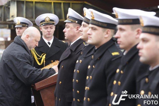 В Киеве презентовали бронированный катер для ВМС Украины (ФОТО) (фото) - фото 1
