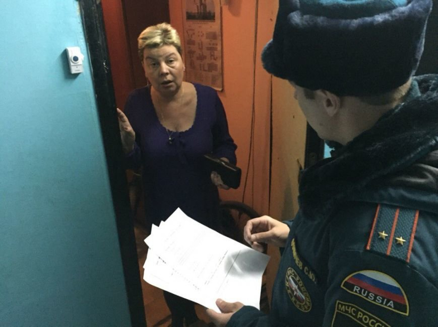 В новой Москве прошли совместные рейды сотрудников МЧС и полиции (фото) - фото 2
