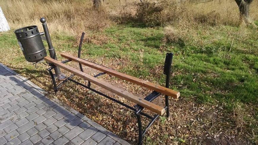 d9c7458806bd8321df777ddc6e2b8534 У «Горзелентраста» осенняя депрессия?: на Одесской Трассе Здоровья не разобраны завалы