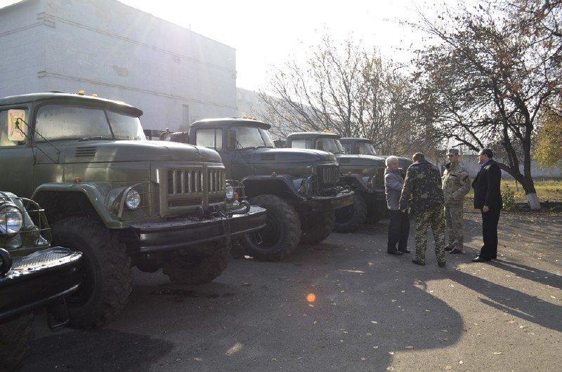 Підприємства Конотопского района відремонтували 5 вантажівок для АТО, фото-2