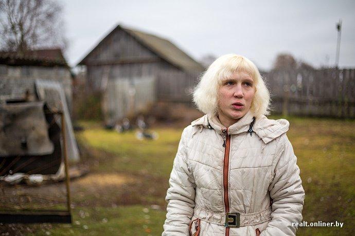 Несмотря на бурное строительство жилья возле Островецкой АЭС девушка-инвалид полжизни ждет социальную квартиру (фото) - фото 19