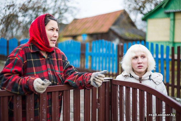Несмотря на бурное строительство жилья возле Островецкой АЭС девушка-инвалид полжизни ждет социальную квартиру (фото) - фото 2