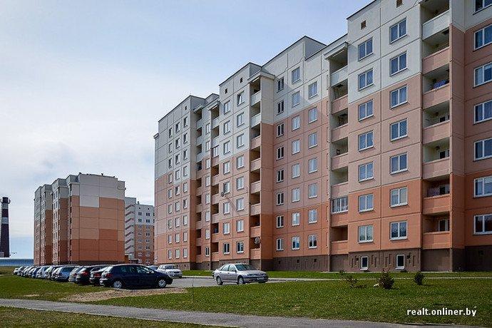 Несмотря на бурное строительство жилья возле Островецкой АЭС девушка-инвалид полжизни ждет социальную квартиру (фото) - фото 25