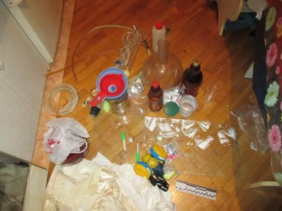 В Бортничах полиция разоблачила нарколабораторию (ФОТО) (фото) - фото 1