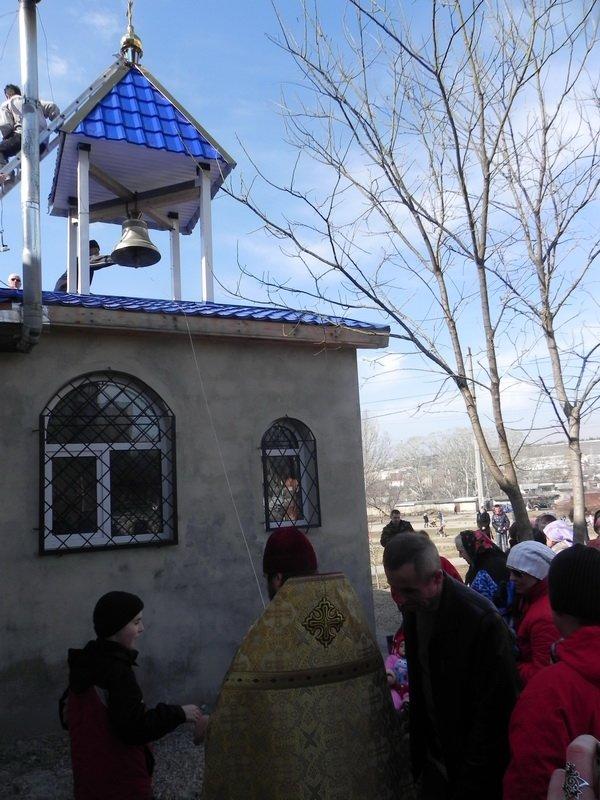 В Симферополе неизвестные вандалы дважды осквернили православный храм (ФОТО) (фото) - фото 1