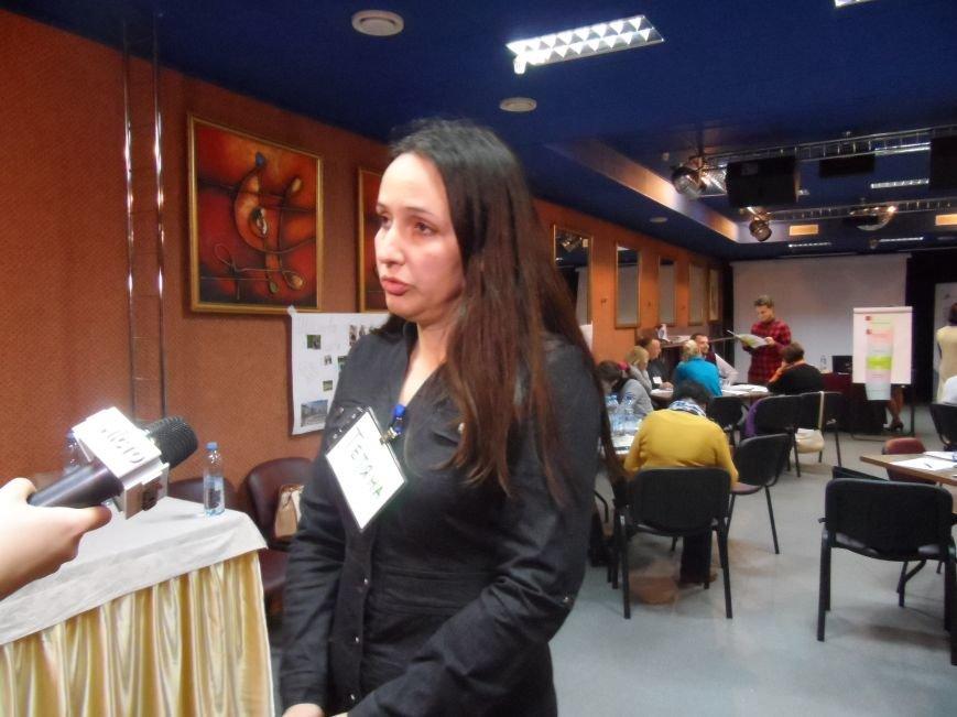 У трьох районах Полтавщини з'являться кейс-менеджери, які дбатимуть про переселенців, фото-3