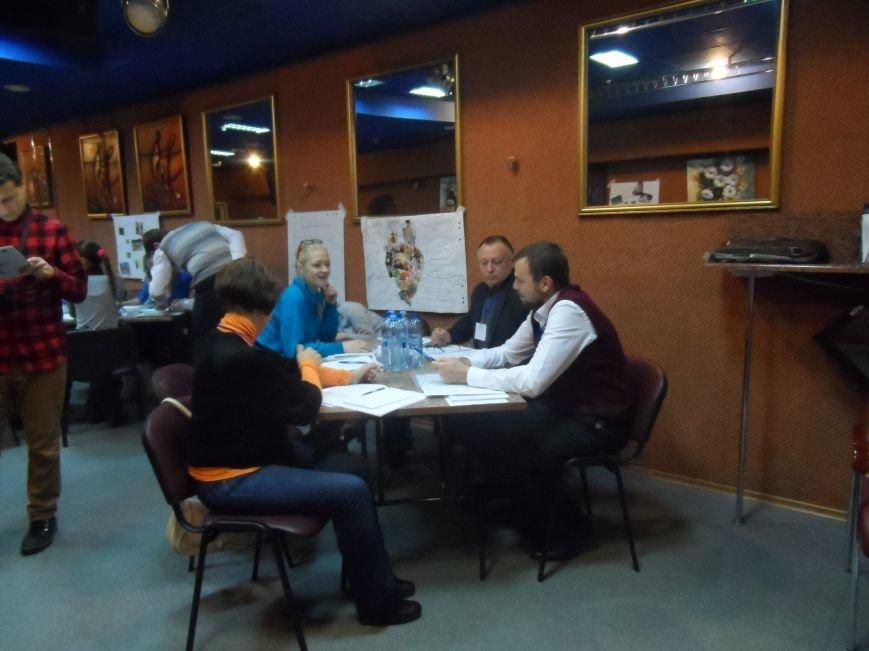 У трьох районах Полтавщини з'являться кейс-менеджери, які дбатимуть про переселенців, фото-1
