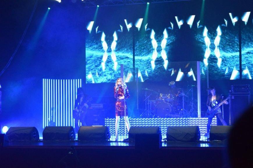 Лободе «Пора домой»: певице вызвали скорую на концерте в Днепропетровске (ФОТО, ВИДЕО), фото-4