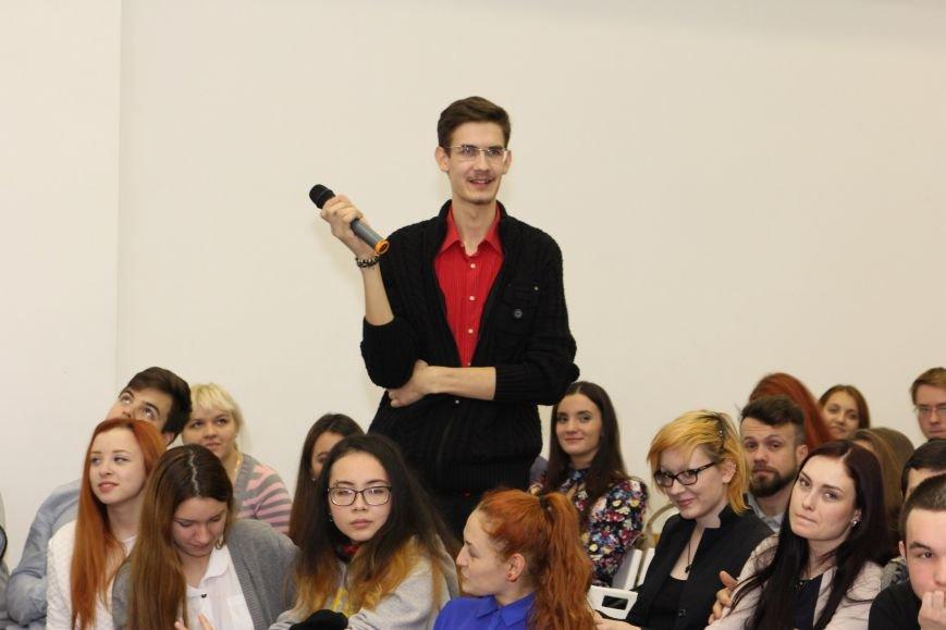 Финал конкурса «Киномания – 2015» состоялся в меда-холле псковского драмтеатра (фото) - фото 2