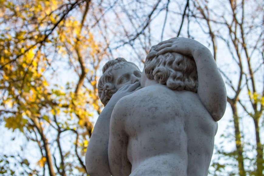 6696821957f39f00b83c53f883f12717 В Одесском Пале-Рояль обновилась известная скульптура