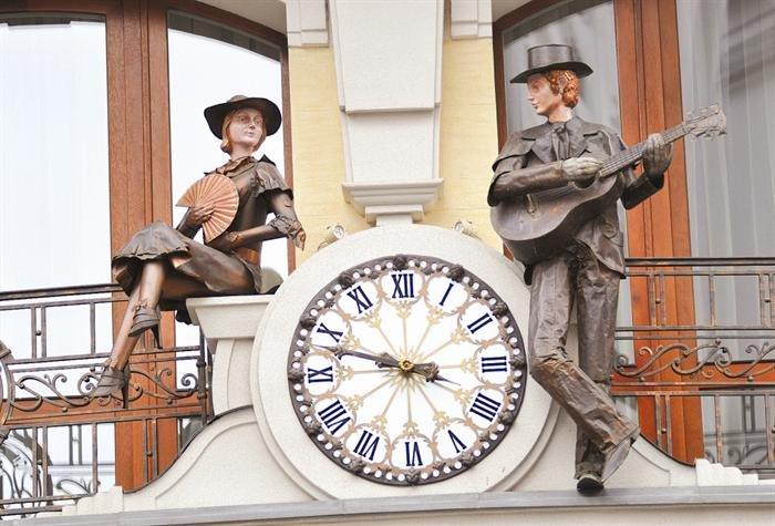 Олексій Бурнаєв: «Я вимірюю час не роками, а моїми «епохальними» годинниками» (фото) - фото 2