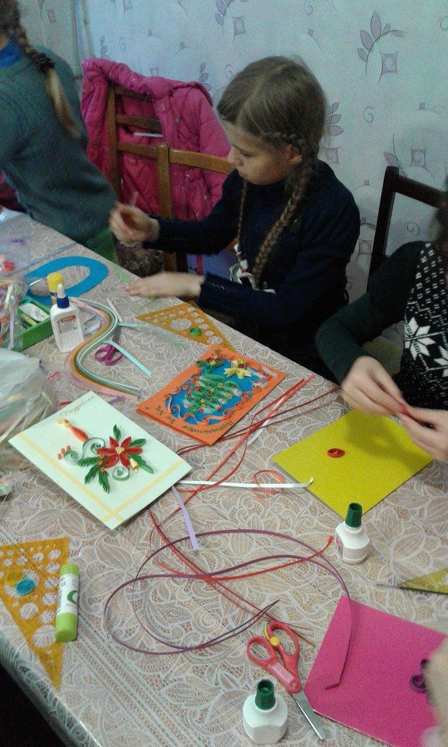 В Красноармейске детей переселенцев обучили основам квилллинга (фото) - фото 1
