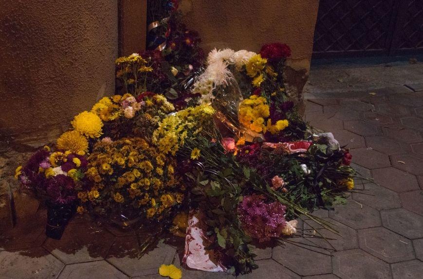 14a81f63531062b7dee9eb5a8559aad1 Одесситы почтили память погибших в Париже
