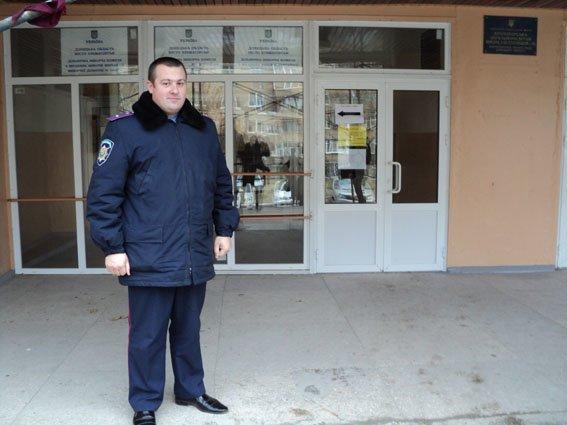 Все 89 избирательных участков Краматорска - под охраной сотрудников полиции (фото) - фото 1