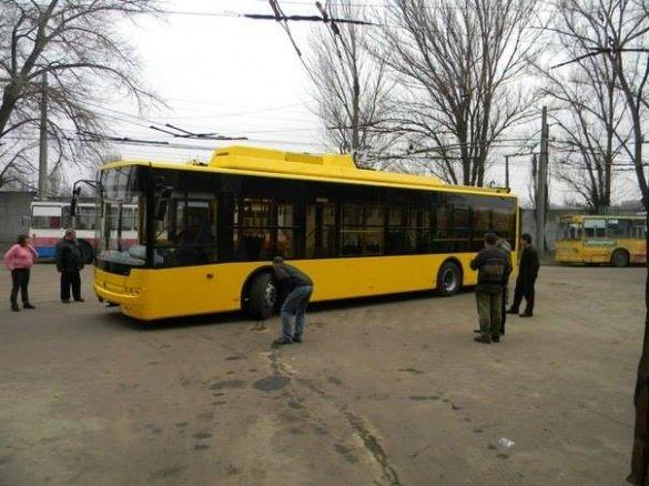 троллейбуси 1