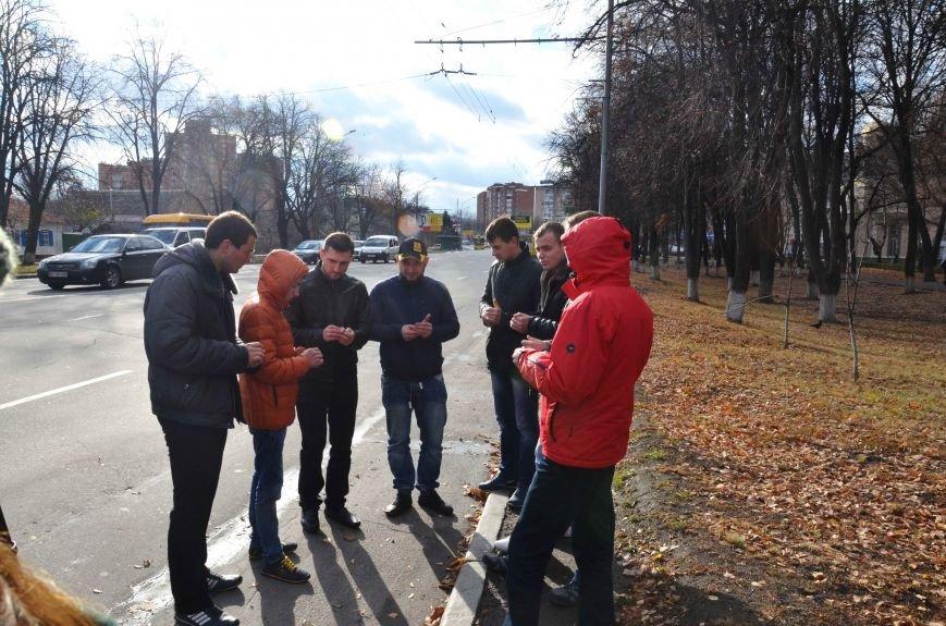 У Полтаві вшанували жертв ДТП (ФОТО) (фото) - фото 2