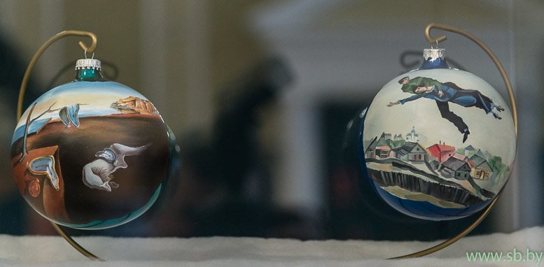 В Гродно в Новом замке открылась уникальная выставка елочных игрушек (фото) (фото) - фото 13