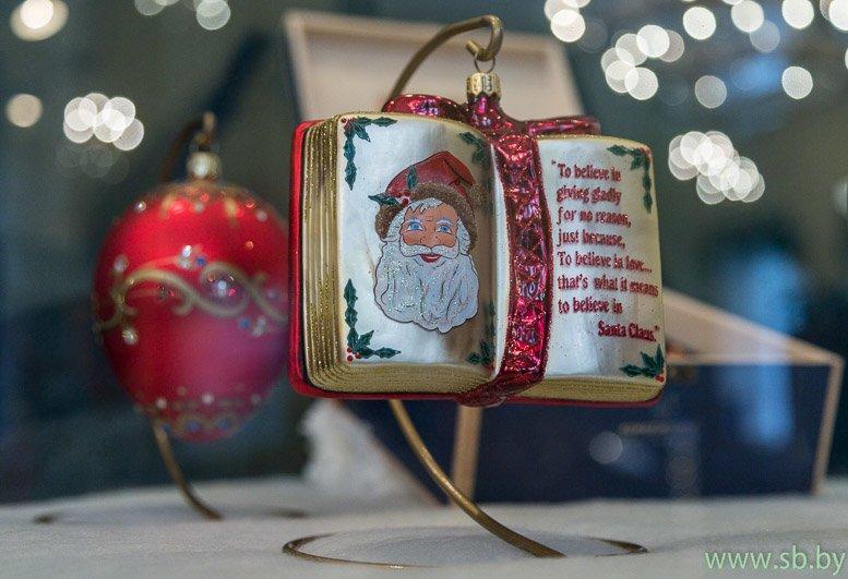 В Гродно в Новом замке открылась уникальная выставка елочных игрушек (фото) (фото) - фото 2