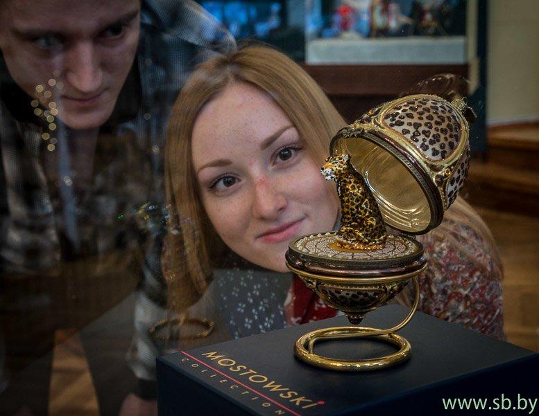 В Гродно в Новом замке открылась уникальная выставка елочных игрушек (фото) (фото) - фото 9