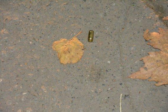 Стрельба возле избирательного участка в Николаеве: количество жертв возросло до 5 человек (ФОТО) (фото) - фото 1