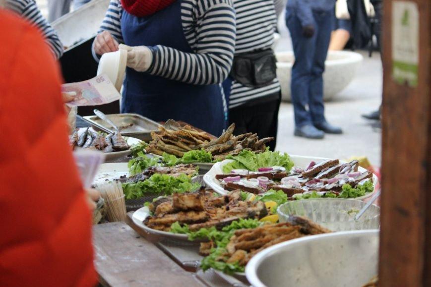 В Днепропетровске прошел самый масштабный за всю историю города фестиваль еды (ФОТО) (фото) - фото 3