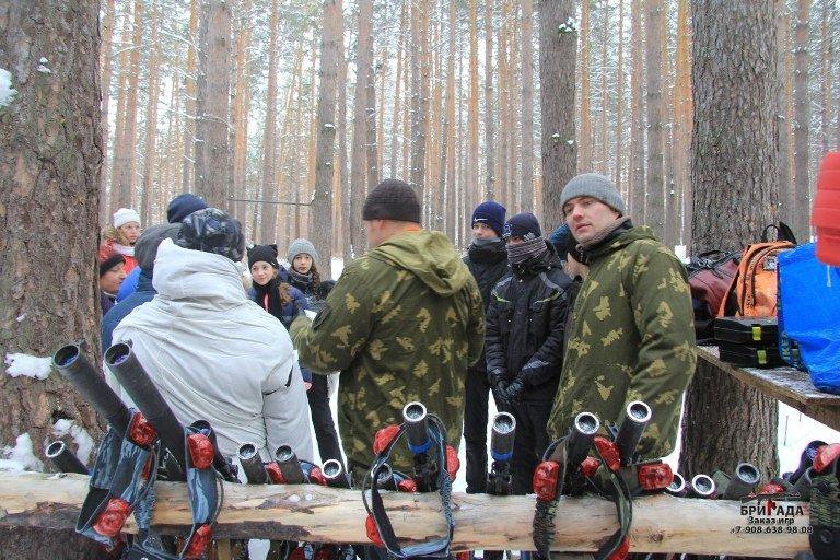 В Полевском состоялся первый городской турнир по внеаренному военному лазертагу среди школьников (фото) (фото) - фото 1