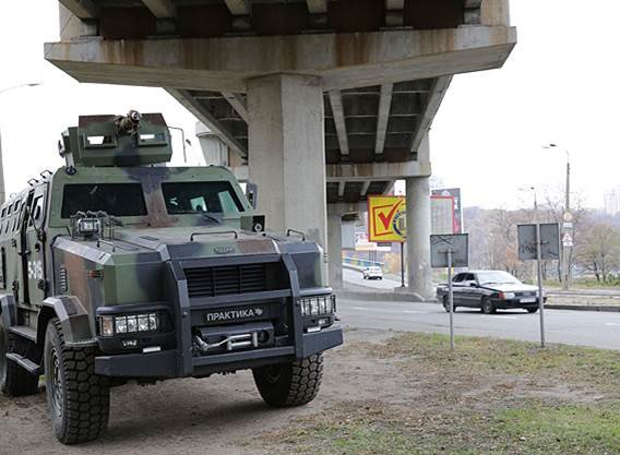 Нацгвария будет круглосуточно охранять все мосты Киева (ФОТО, ВИДЕО) (фото) - фото 1