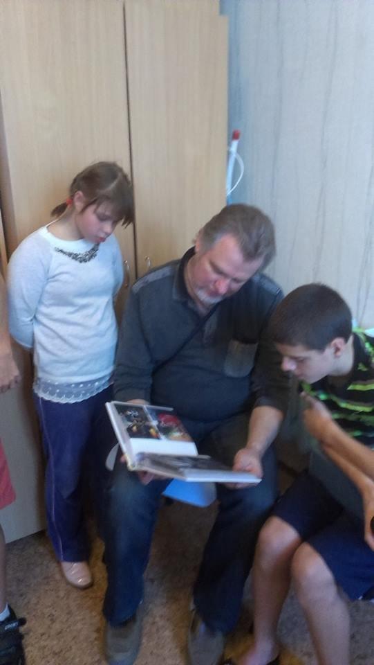 Одни родители на двенадцать «ненужных» особенных детей, фото-4