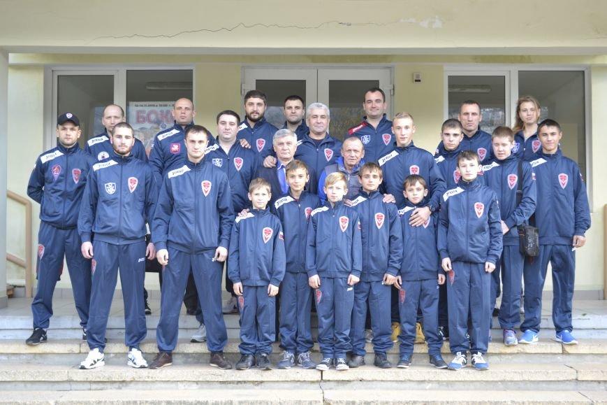 Ялту посетила  сборная Донецкой Народной Республики по боксу, фото-1