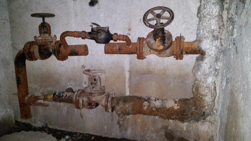 Тернополяни скаржаться на «потоп» у підвалі (Фото) (фото) - фото 1