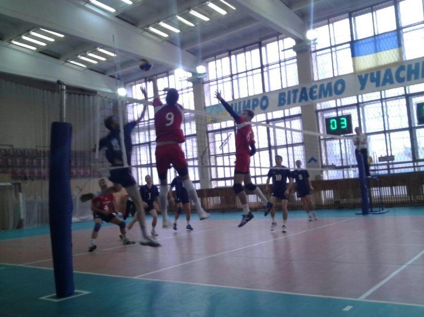 Волейбольная команда «Бахмут» привезла из Харькова 2 победы (фото) - фото 1
