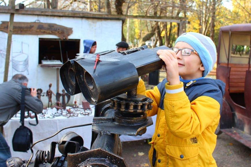 В Симферополе появился робот-мусорщик из известного американского мультфильма (ФОТО), фото-3
