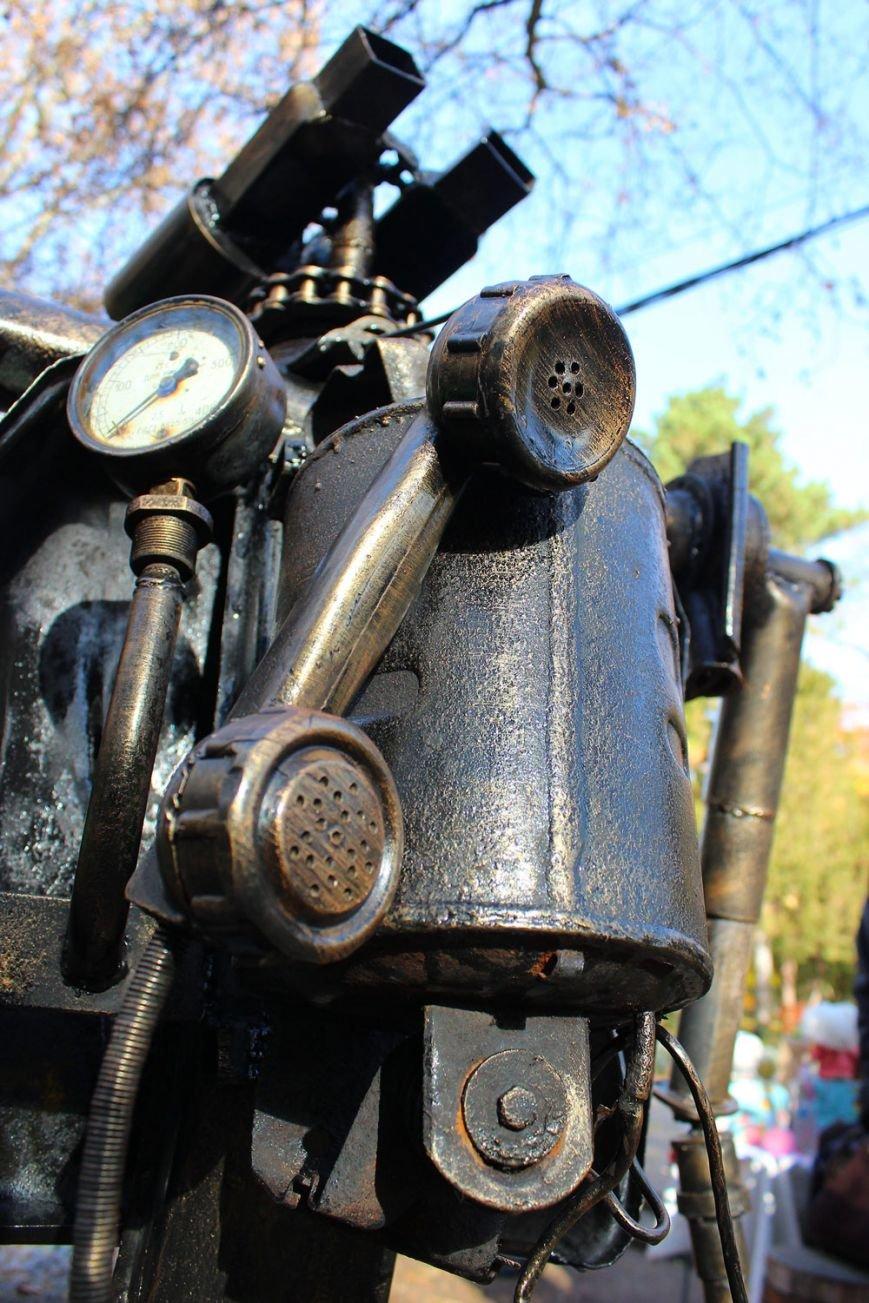 В Симферополе появился робот-мусорщик из известного американского мультфильма (ФОТО), фото-5
