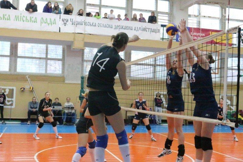 Волейболистки черниговского «Педуниверситета» одержали первую в сезоне победу, фото-1