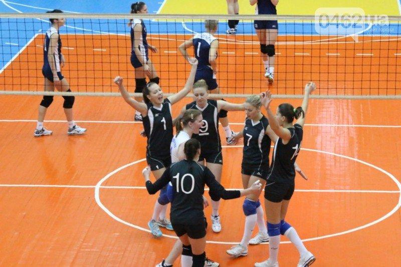 Волейболистки черниговского «Педуниверситета» одержали первую в сезоне победу, фото-5
