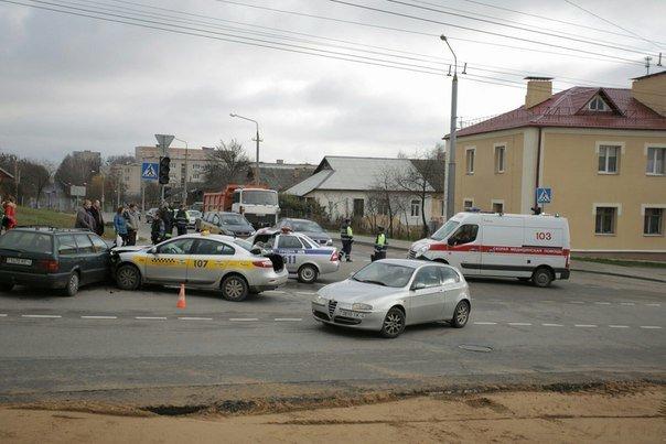 За сутки на Гродненщине произошло три ДТП: среди пострадавших пассажирка такси и девочка (фото) - фото 4