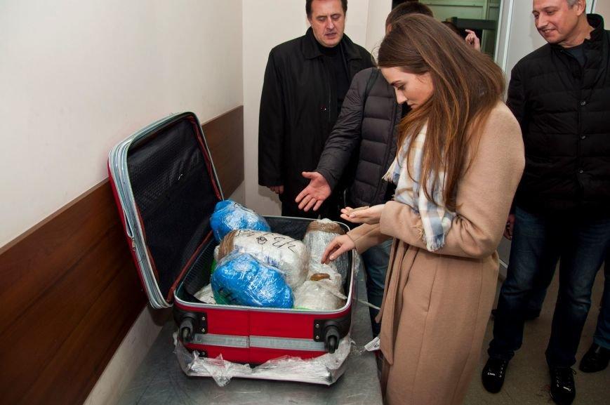 7c53536e90b5a5f29c6029c47ee5f7e0 Марушевская остановила в аэропорту перевозку янтаря на 9 миллионов гривен