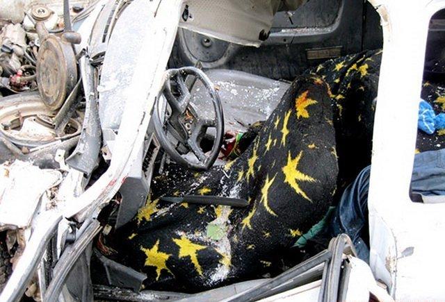 На Вінниччині «Таврія» потрапила в жахливу ДТП. Один загинув, п'ятеро в лікарні, серед них троє малих дітей, фото-2