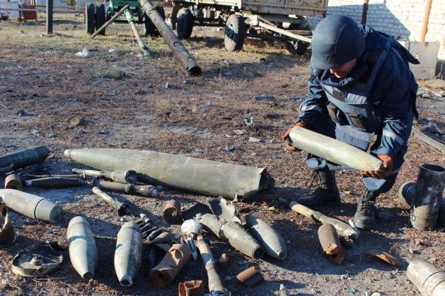 Днепропетровских пиротехников наградили за очистку Сватово от боеприпасов (ФОТО) (фото) - фото 3