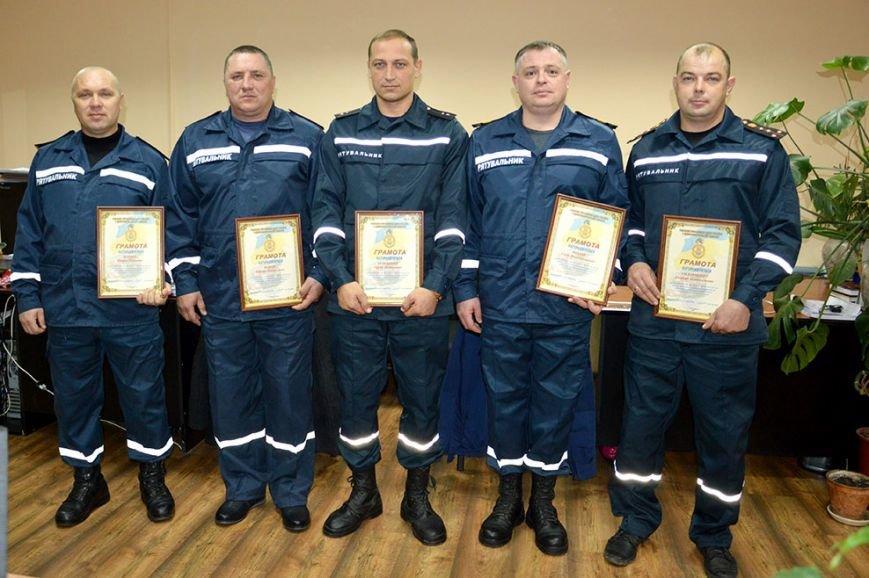 Днепропетровских пиротехников наградили за очистку Сватово от боеприпасов (ФОТО) (фото) - фото 4