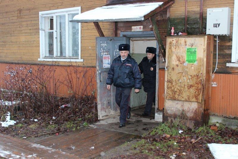Сыктывкарский участковый «вытащил из ямы» не одного земляка, фото-1