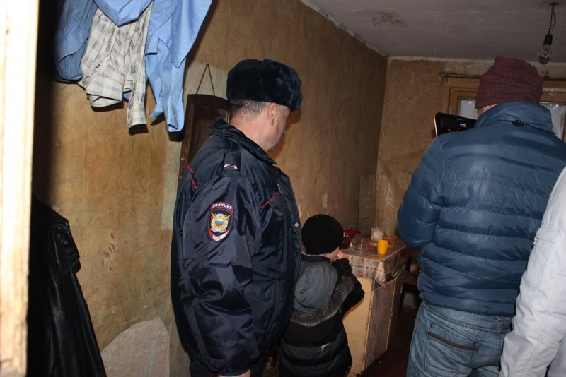 Сыктывкарский участковый «вытащил из ямы» не одного земляка, фото-4
