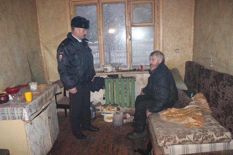 Сыктывкарский участковый «вытащил из ямы» не одного земляка, фото-3