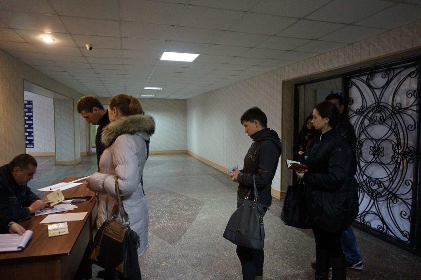 В Кривом Роге будущие «копы» сдали тестирование и готовятся изменить город к лучшему (ФОТО) (фото) - фото 1