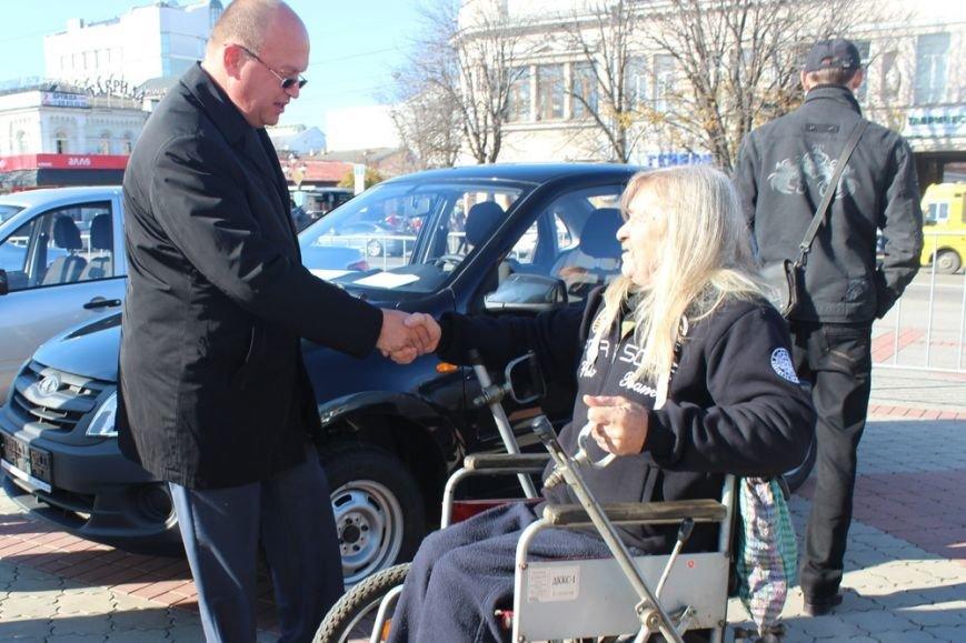 Пострадавшие на производстве крымчане получили новые автомобили «Лада» (ФОТО) (фото) - фото 10