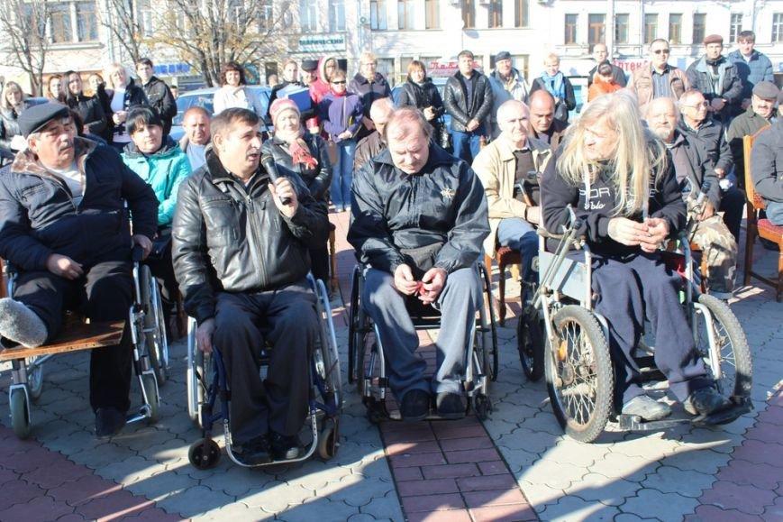 Пострадавшие на производстве крымчане получили новые автомобили «Лада» (ФОТО) (фото) - фото 3